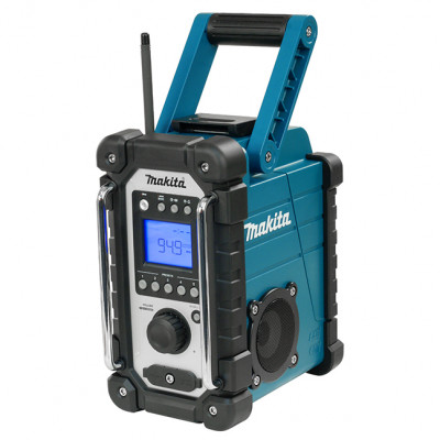 DMR108 | Makita job site radio